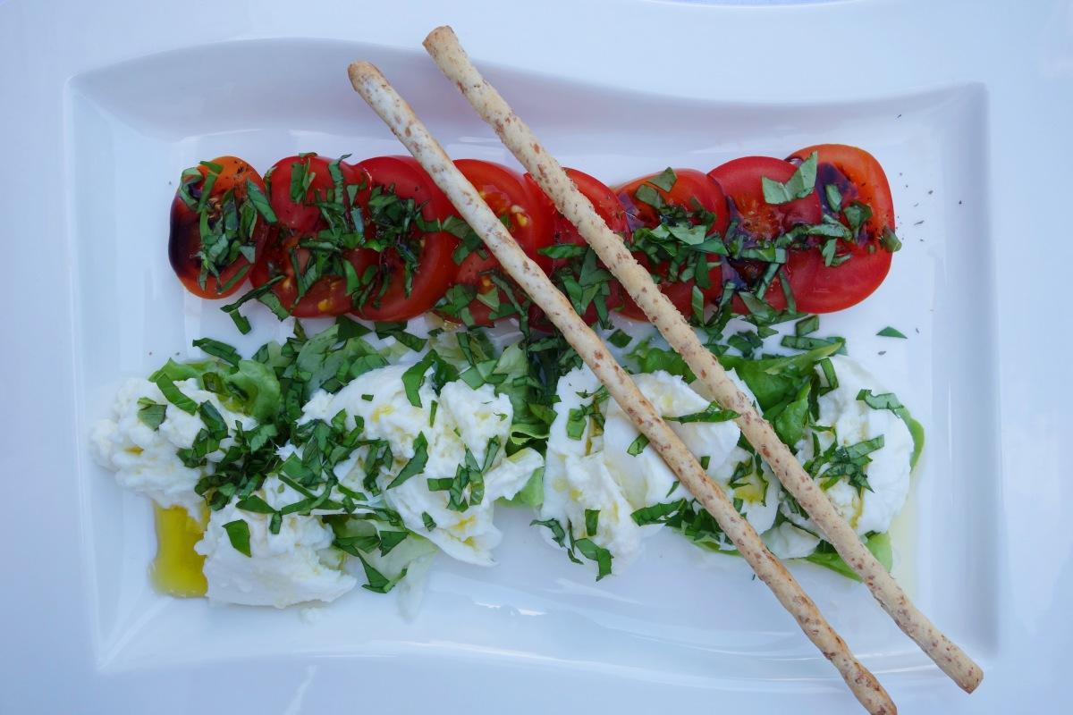 Insalata Caprese: Mozzarella mitTomaten