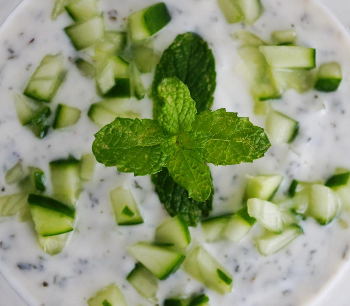 Dip: Gurken-Joghurt mitMinze