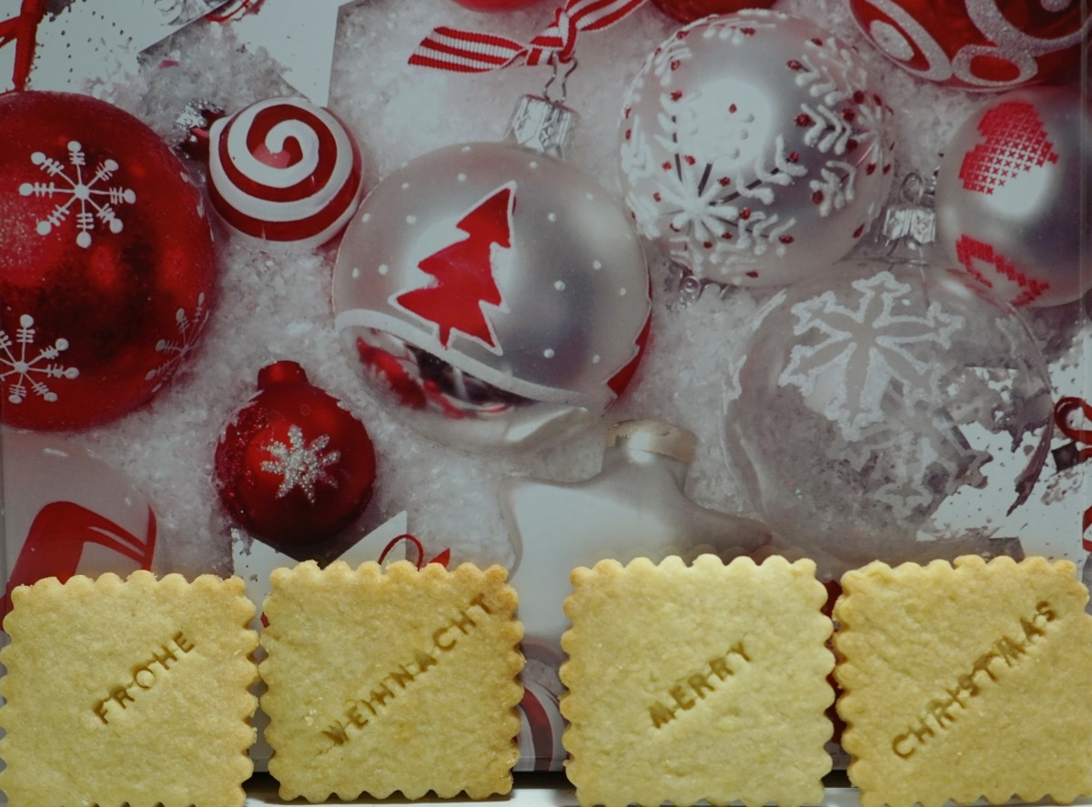 Frohe Weihnachten * Merry Christmas * Joyeux Noël * Feliz Navidad * Buon Natale – Weihnachtsplätzchen mitText
