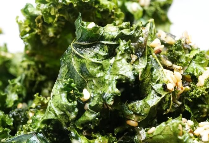 Gruenkohlchips Kale ChipsC07447a.jpg