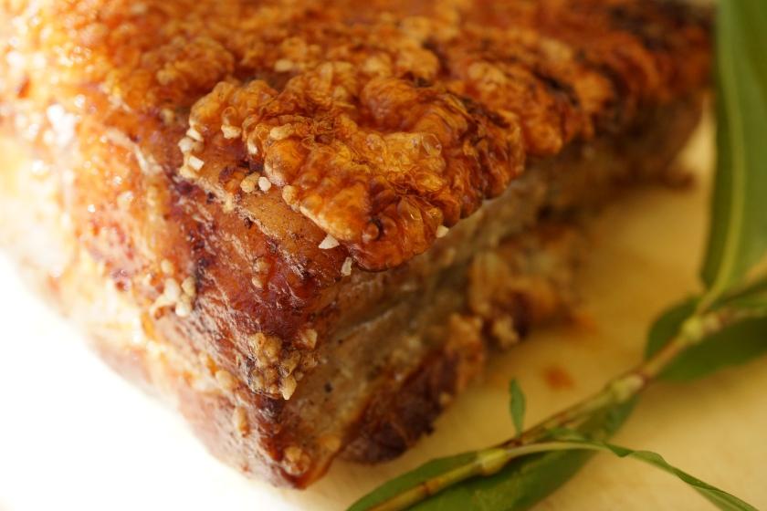 knuspriger Schweinebauch crispy pork belly DSC01123a.JPG
