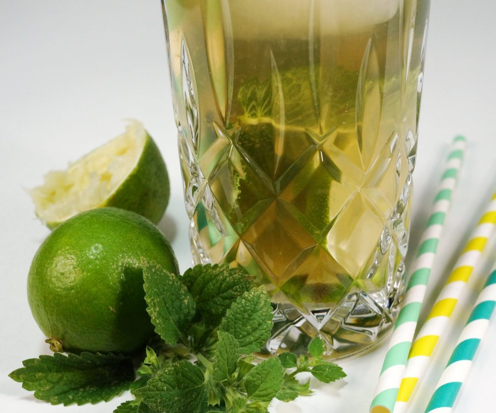 Lemon-Ice-Tea – Sommerdrink ohne Alkohol